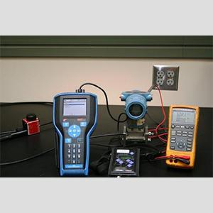 Themperature Transmitter Calibration product from Inako Persada